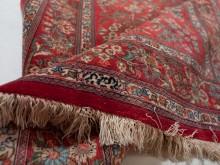 http://alfombrasyasmina.com/galeria/431-thumb-firma-de-artesano-alfombra.jpg