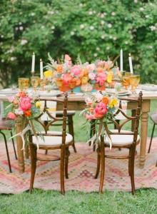 http://alfombrasyasmina.com/galeria/481-thumb-alfombras-kilims-banquete.jpg
